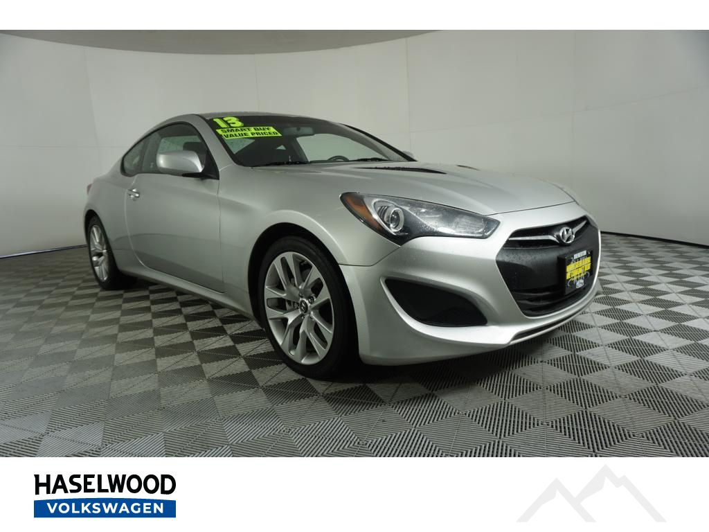 Pre-Owned 2013 Hyundai Genesis Coupe Base